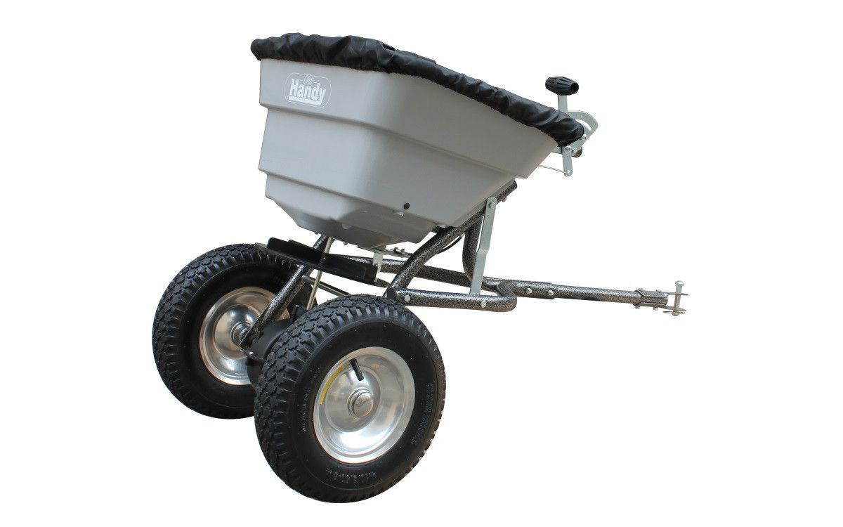 Towable 36.5 kg spreader